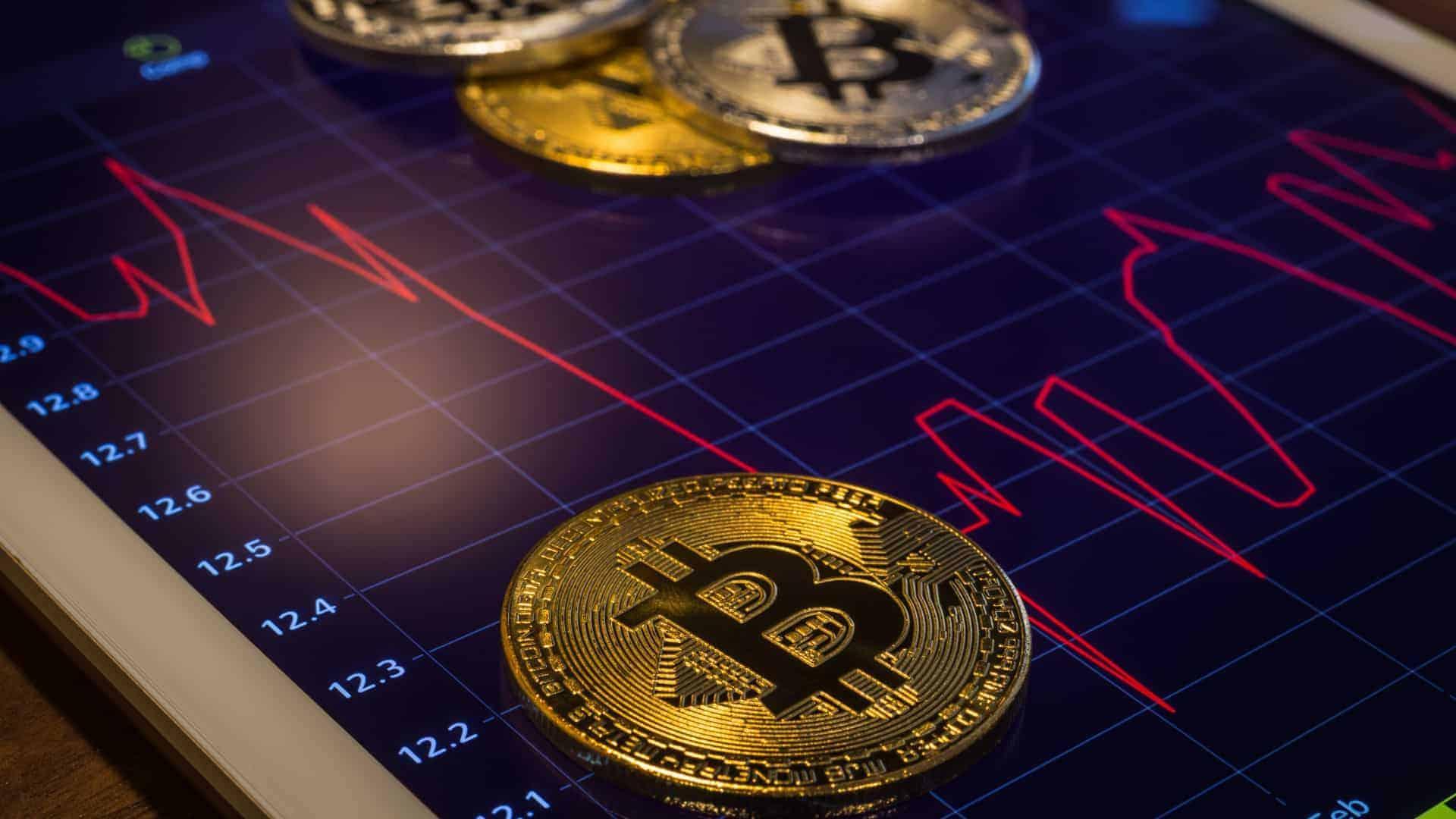 O que levou o Bitcoin a desabar em setembro e ficar abaixo de US$ 8.000