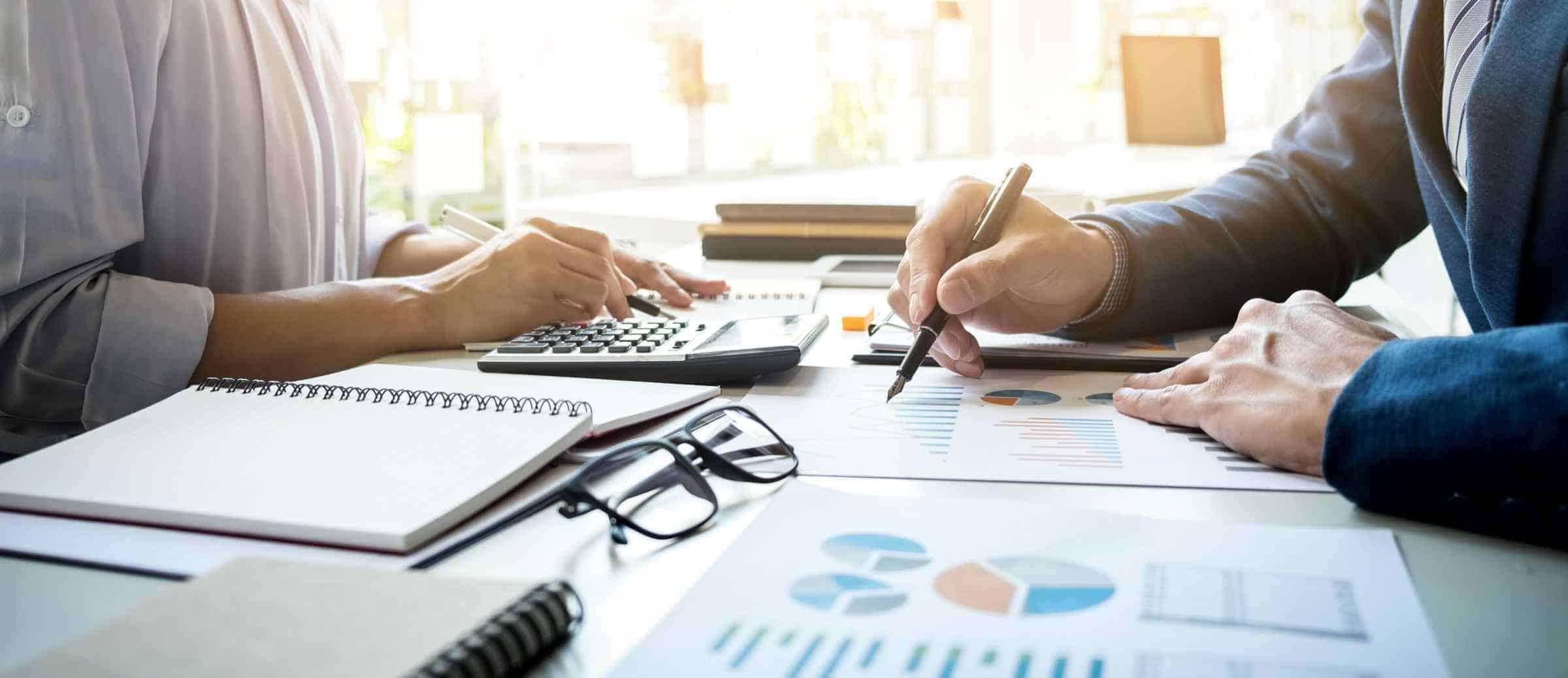 Entendendo o spread e o papel dos arbitradores