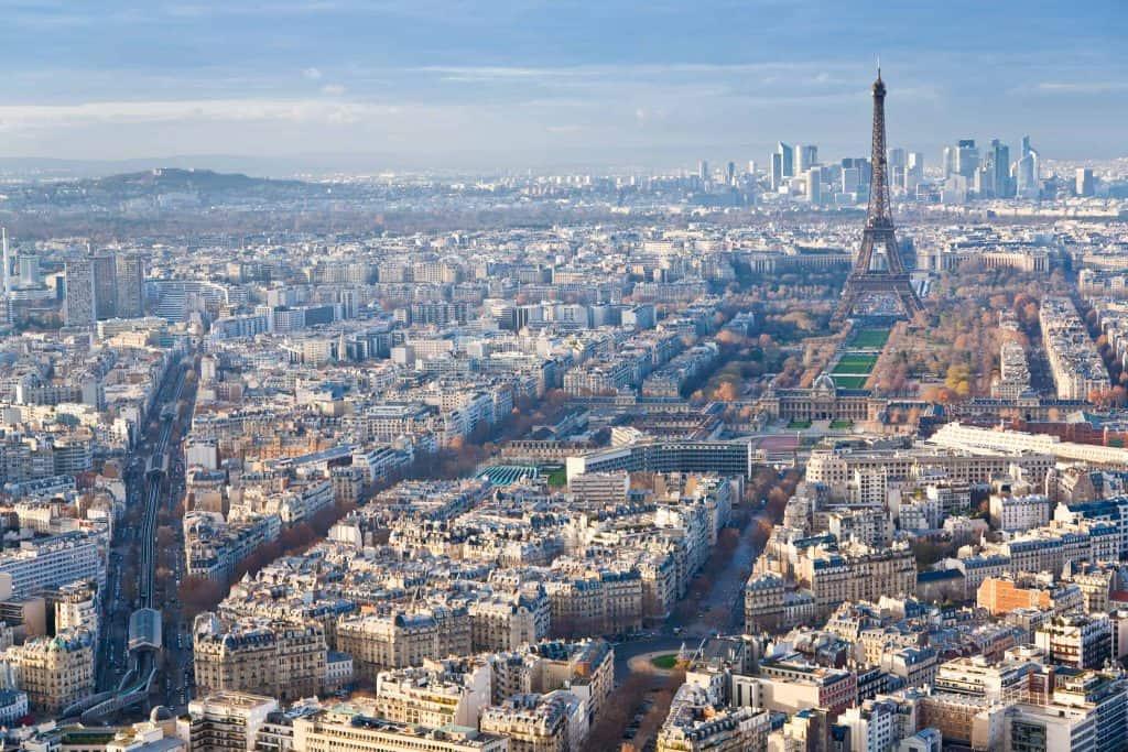 Viajar para Paris barato