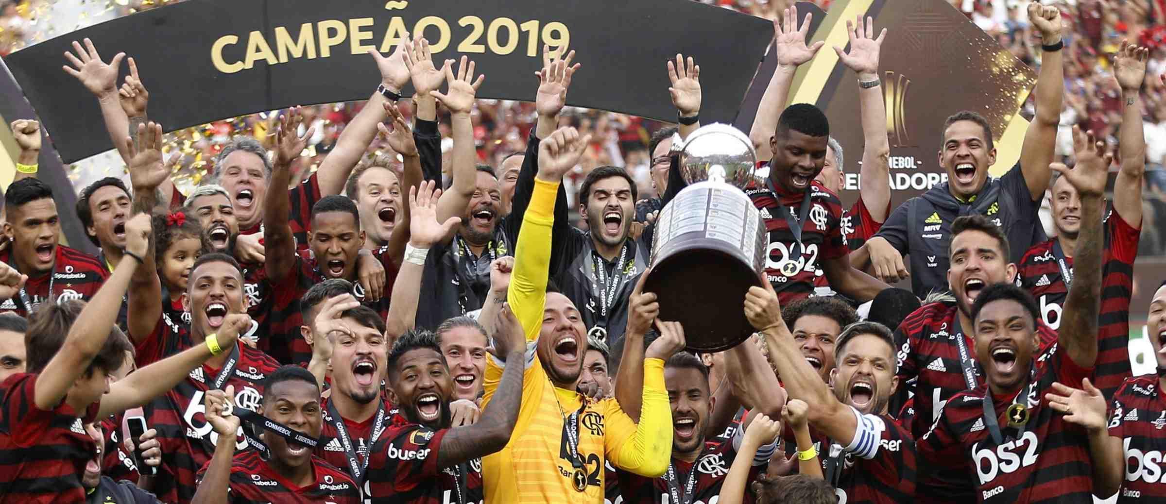 Como o Flamengo se tornou uma potência econômica no futebol brasileiro?