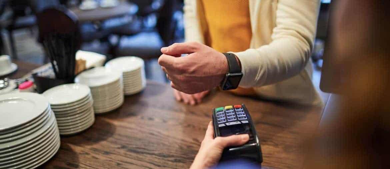 Meios de pagamento e crédito