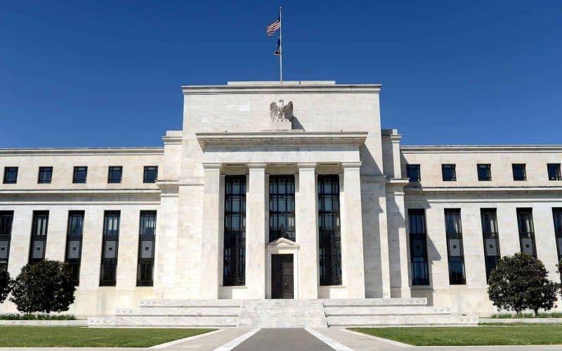 fed corta taxa de juros