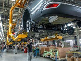 7 montadoras de veículos suspendem produção no Brasil