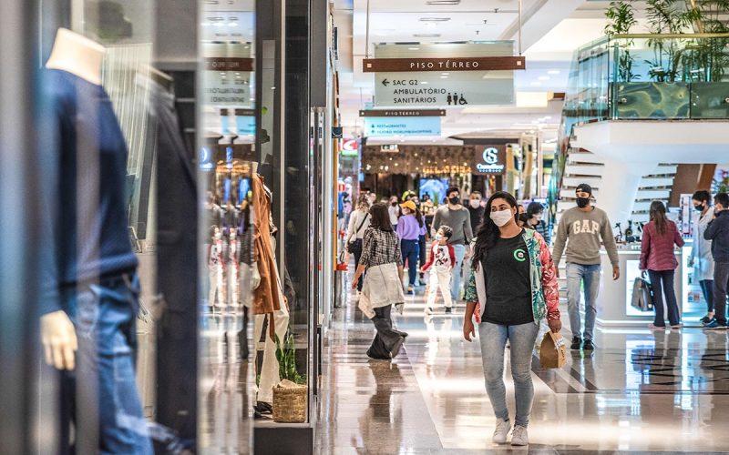 Shoppings em crise, com queda de 36,3% em vendas no ano