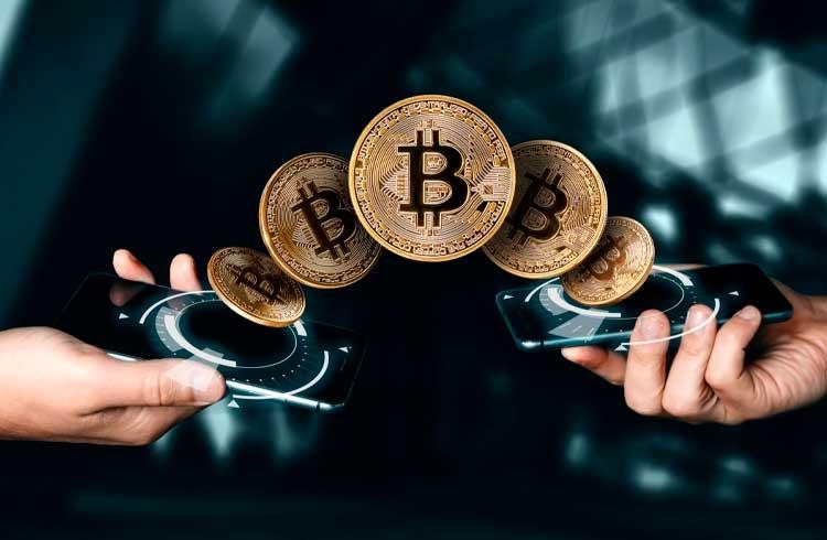 Bancos americanos planejam oferecer investimento em Bitcoin aos seus clientes