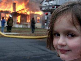 Meme da garota em frente a incêndio é vendido como NFT por R$ 2,5 milhões