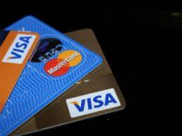 juros do cartão de crédito rotativo vai para 334,9%