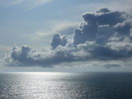 Cabo submarino liga Brasil e Europa: Entenda os benefícios disso!