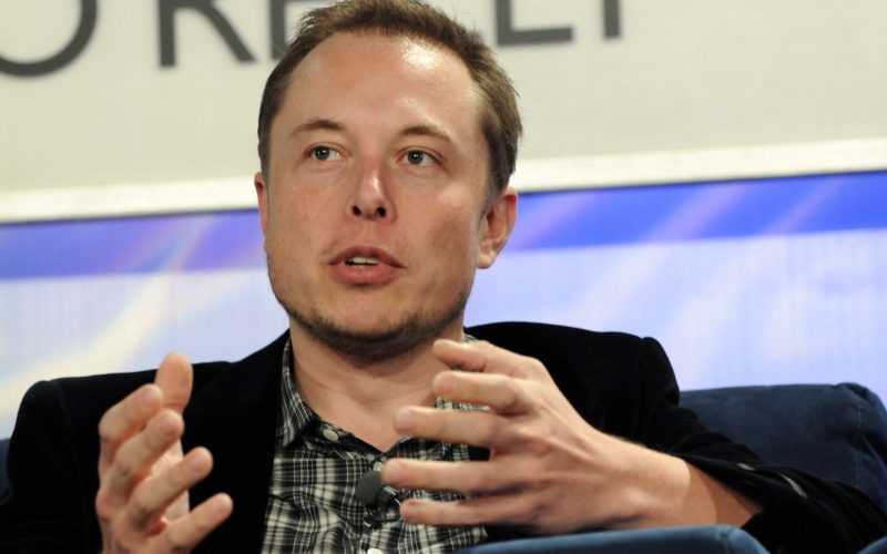 Elon Musk afirma que ele, Tesla e SpaceX possuem Bitcoin