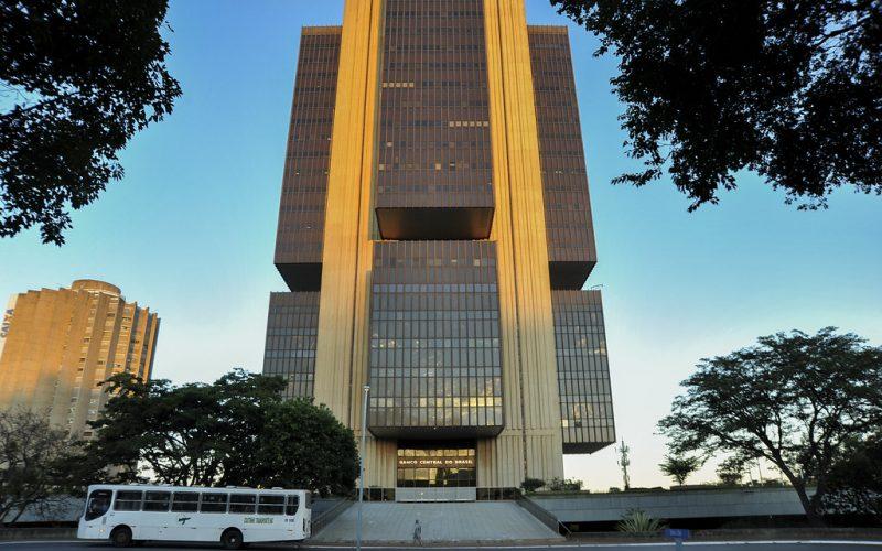 Banco Central reforça combate contra laranjas em transferências PIX