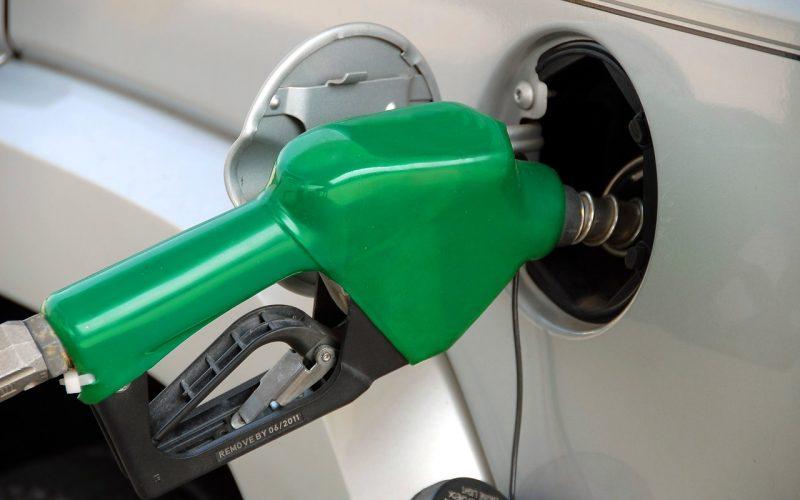 Preço médio da gasolina passou de R$ 6 em setembro