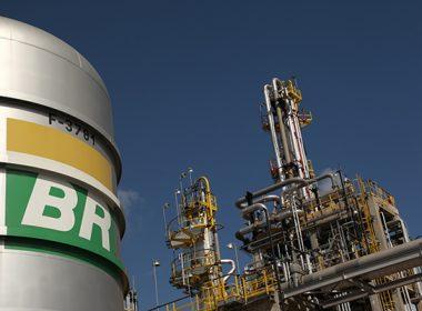 Petrobras corre o risco de desabastecimento de combustíveis em novembro